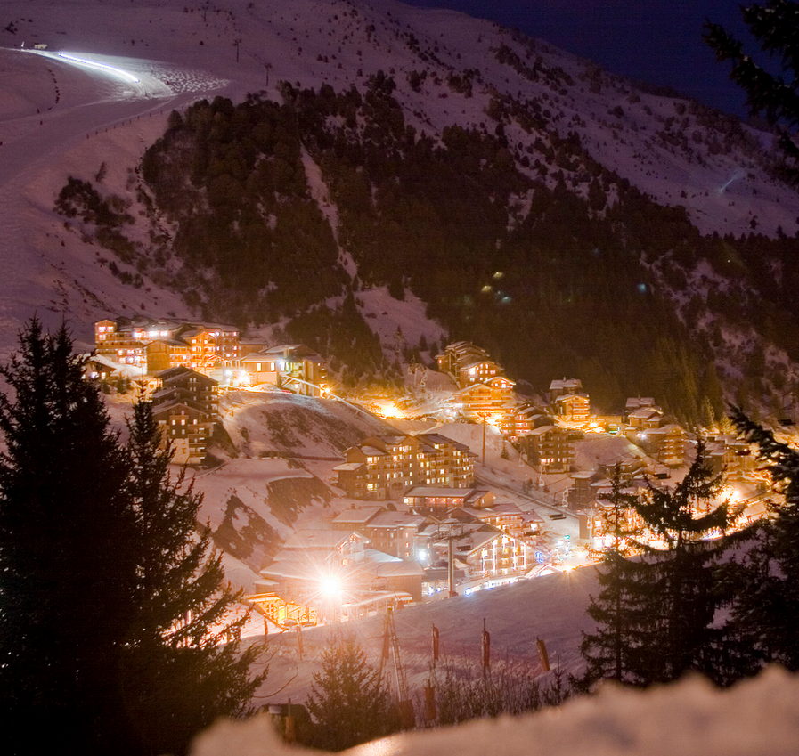 Full credit for this beautiful image of Meribel-Mottaret goes to Eole Wind.