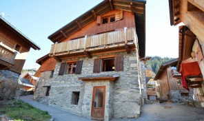 Large authentic Chalet near ski piste in Central Meribel – 52176TCF73